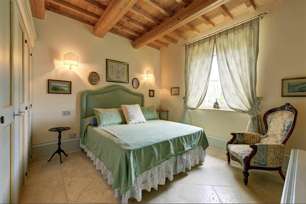 foto di una delle camere da letto del Relais il Margarito