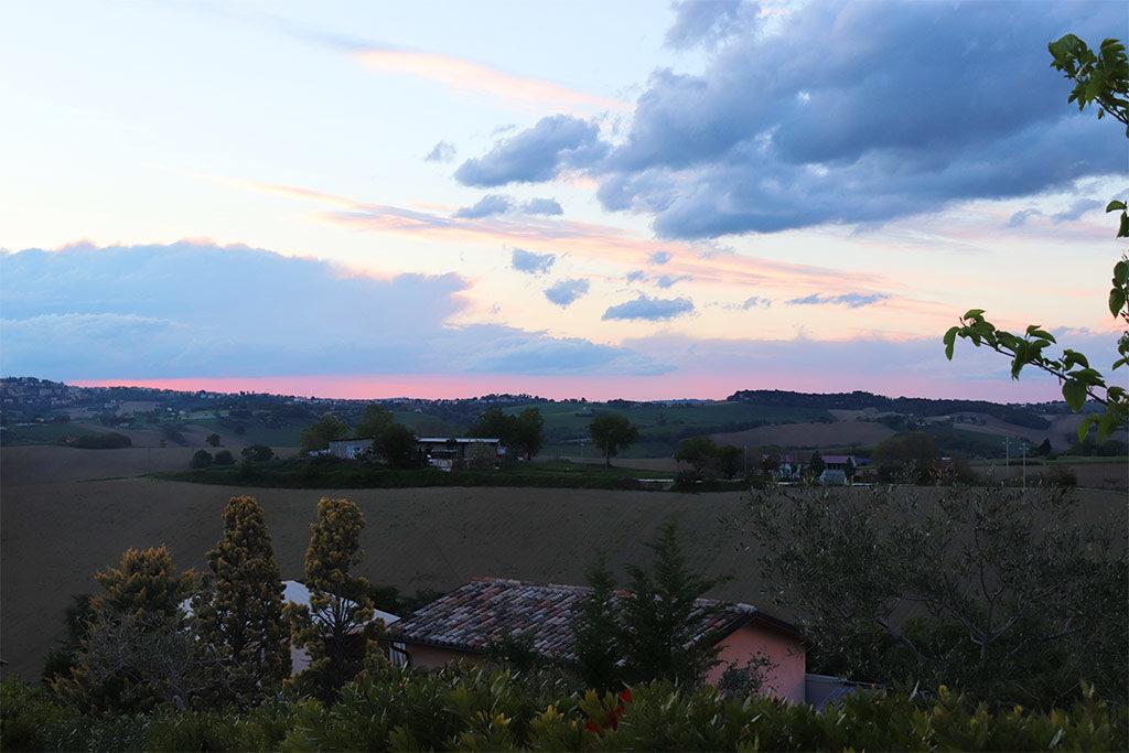 foto del panorama sulle colline del relais il margarito