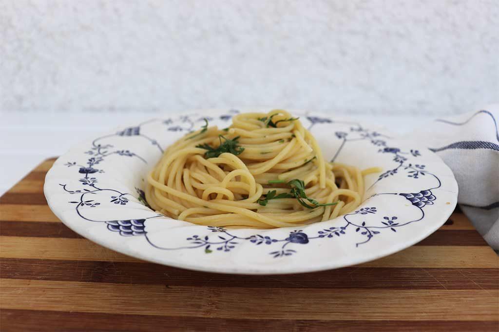 foto degli spaghetti con colatura di alici