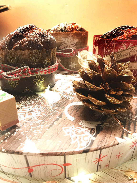 mini panettoncini al cioccolato decorati