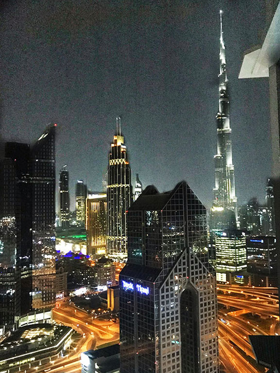 vista del Burj Khalifa dalla camera dello Shangri-la