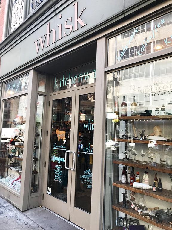 foto della facciata del negozio whisk a New York