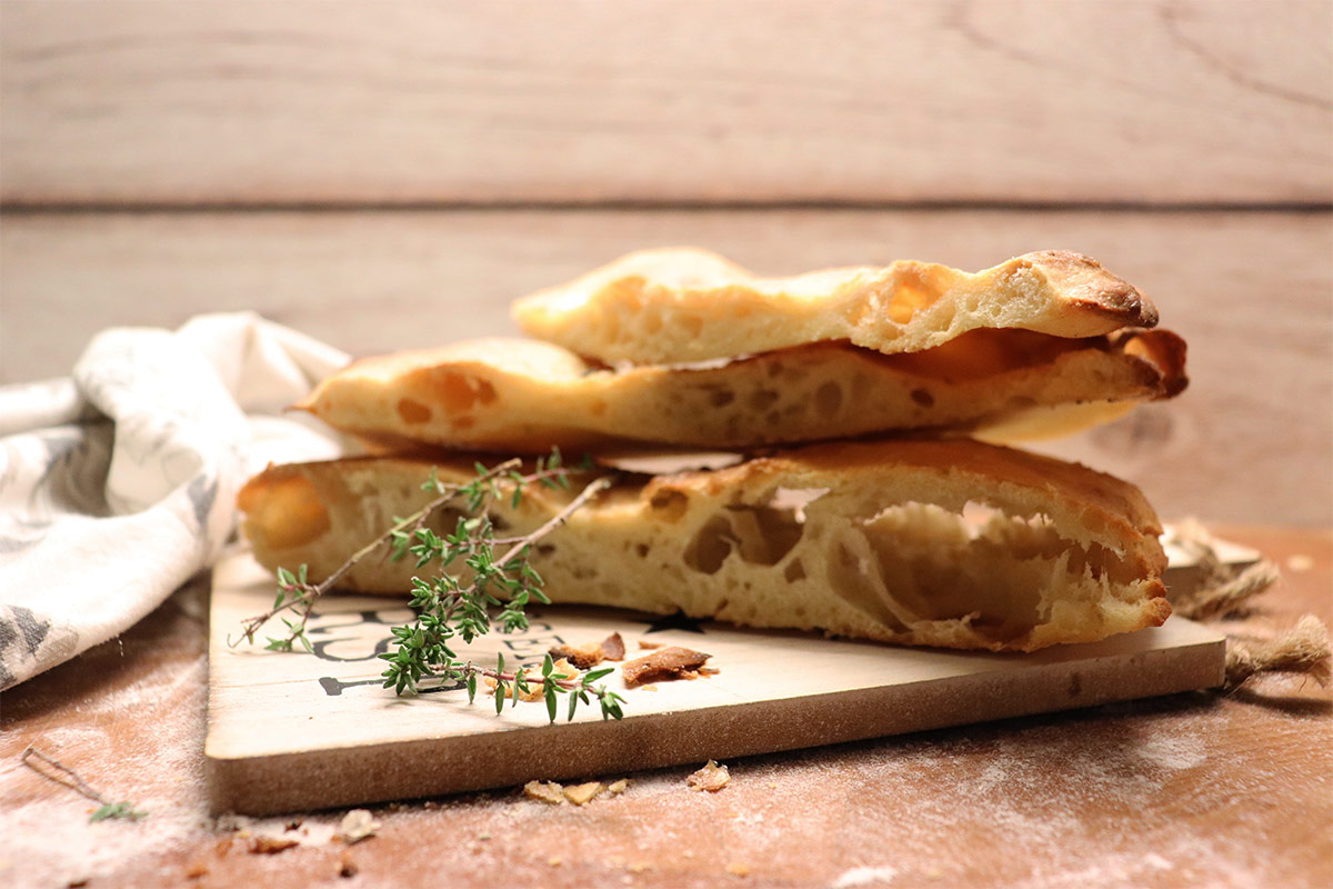 foto di pizza bianca