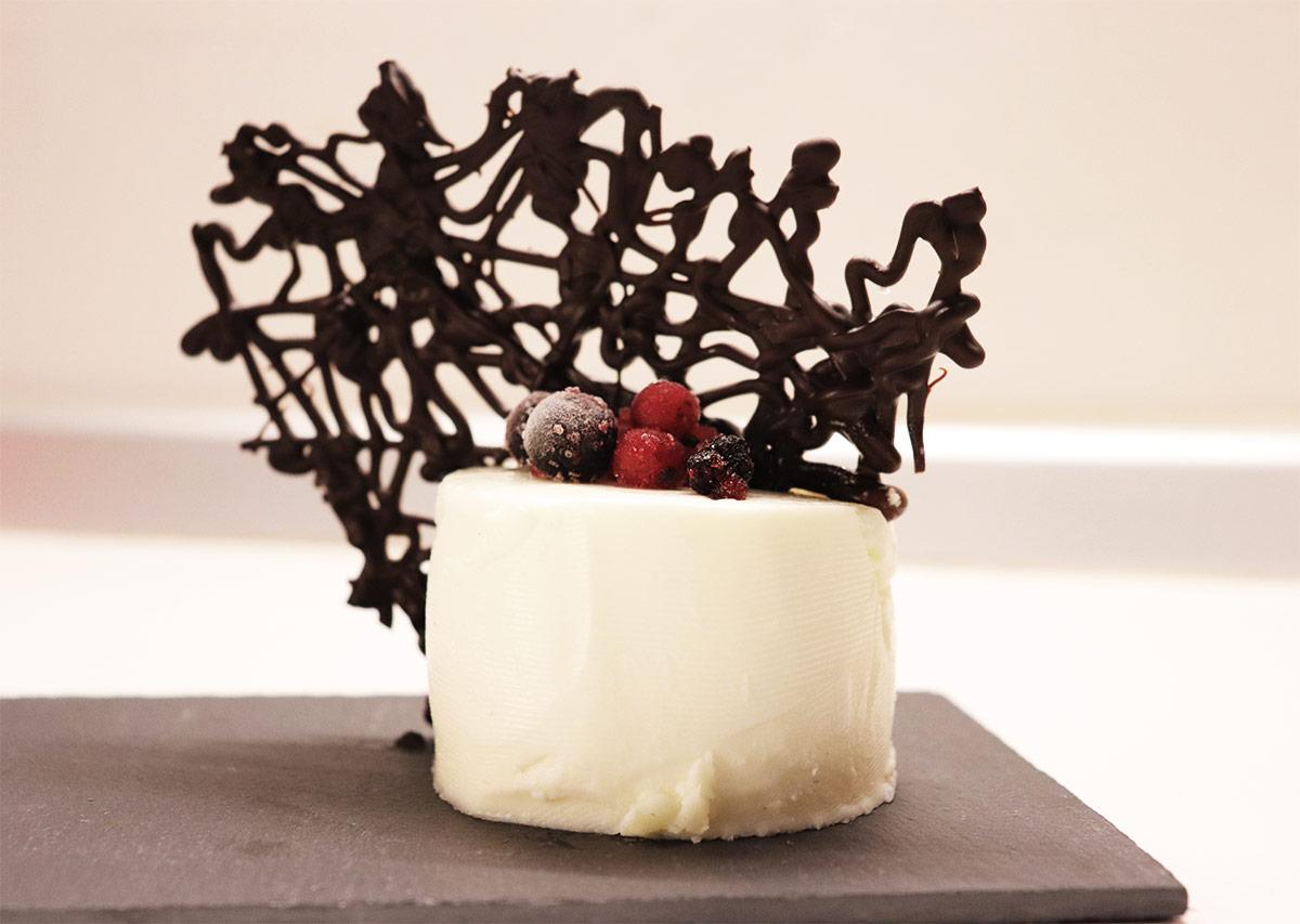 Pannacotta con corallo di cioccolata